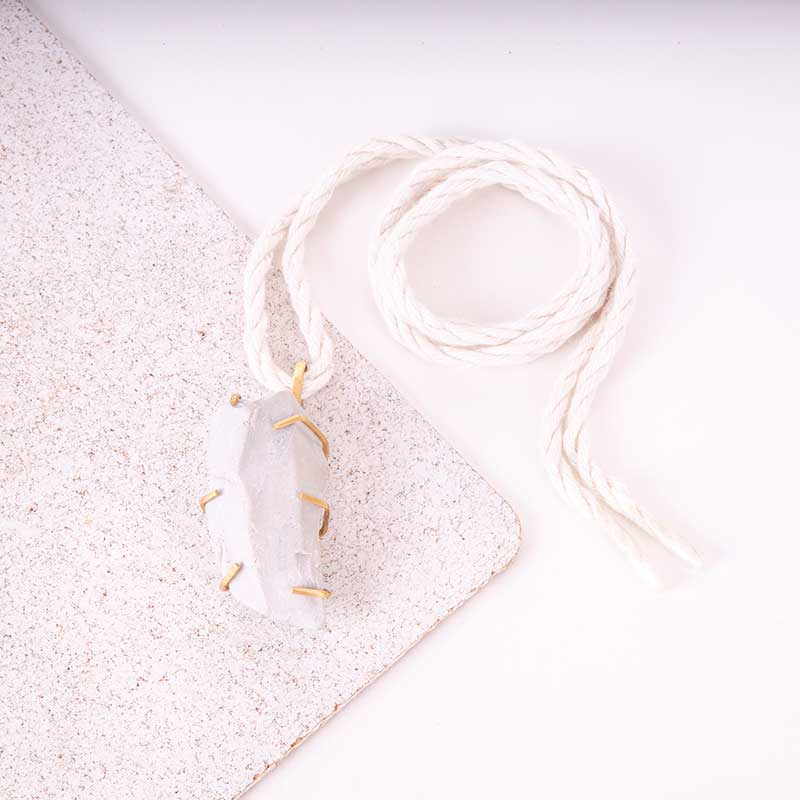 Raw Stone Minimal Necklace
